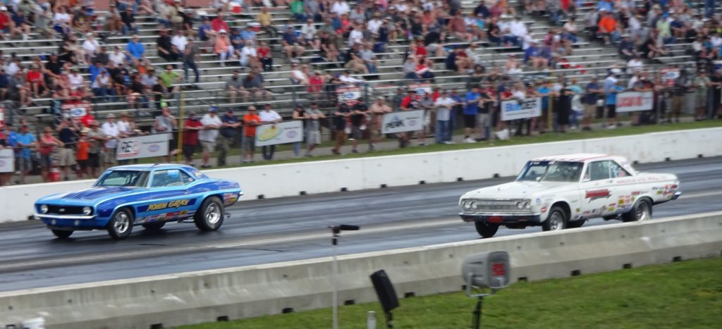 John Gray took Dave LeBrun's 1969 Camaro to the Winner's Circle. The heads-up final against John Shaul in the near lane. Photo by Billy Anderson